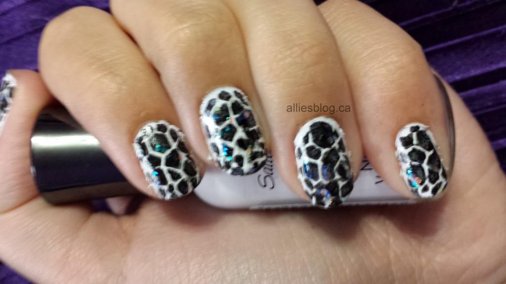 #31DC2013 Black &white nails