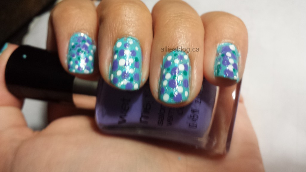 #31DC2013 Polka dot nails