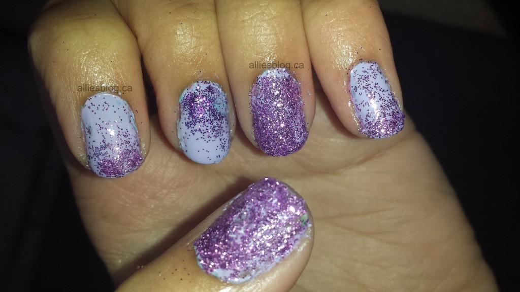 #31DC2013: Glitter nails