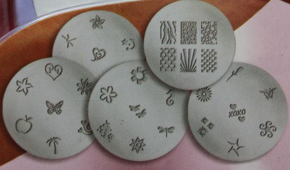 Salon-Express-Nail-Art-Stamping-Kit-CVS-2