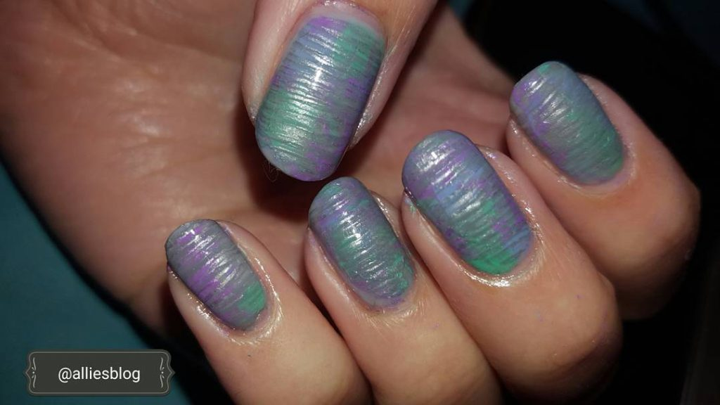 Yesterdays manicure Monday! Link to the tutorial in my biohellip