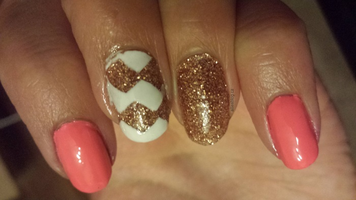 chevron nails|july 9 2014|coral nails