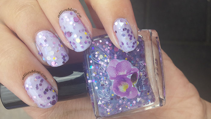 Chloe&bella nail polish|freesia|glitter polish|july 30 2014