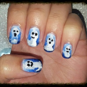 Ghost nails for day 2 of the 2015 Halloween nail art challenge #bootifulnails #nails #nailartblogger #nailart #manicure #blogger #nailpolish #notd #nailartchallenge #nailsofinstagram #nailstagram #nails4yummies #newstuff #nails #love #naildesigns #nailartsupplies #nailartproducts #handpainted #nailartcommunity #nailartclub #sallyhansen #wetnwild #sinfulcolors