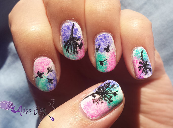 pastel dandelion nails | monthly nail link up | alliesblog | sponge nails