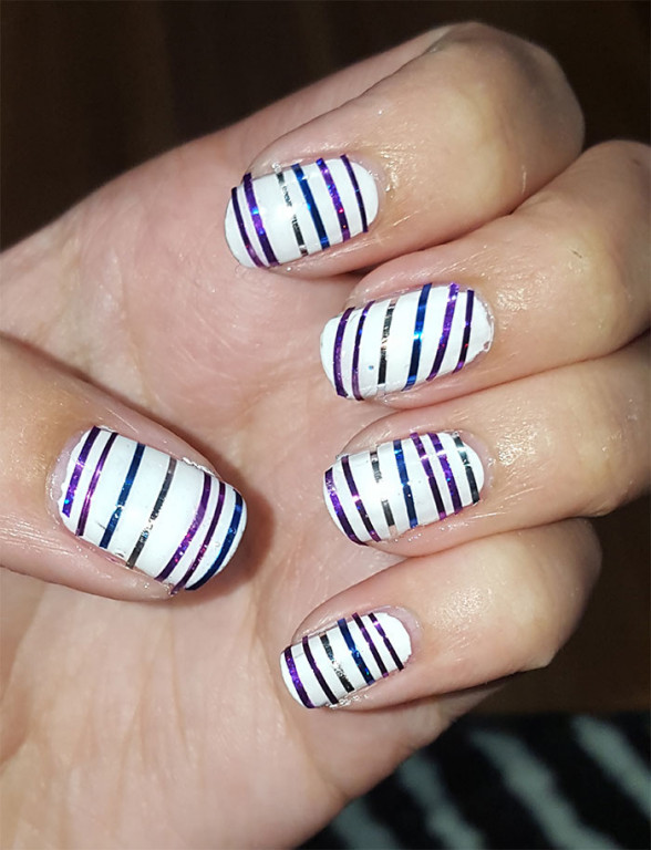 striped nails | 31 day challenge | #31dc2015 | white nails
